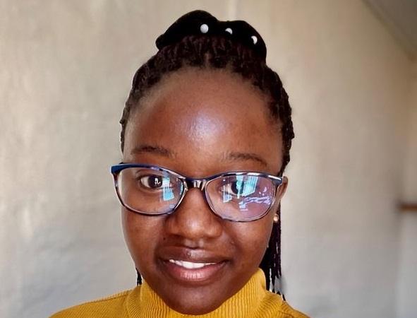 STUDENT FOCUS: Nicolette Sianyuka looks at fracking & soil microbes